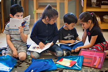 children-reading-lumin